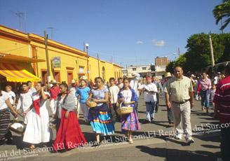 desfile-20-de-Noviembre-Ahuacatlan