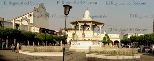 plaza-principal-Ixtlan