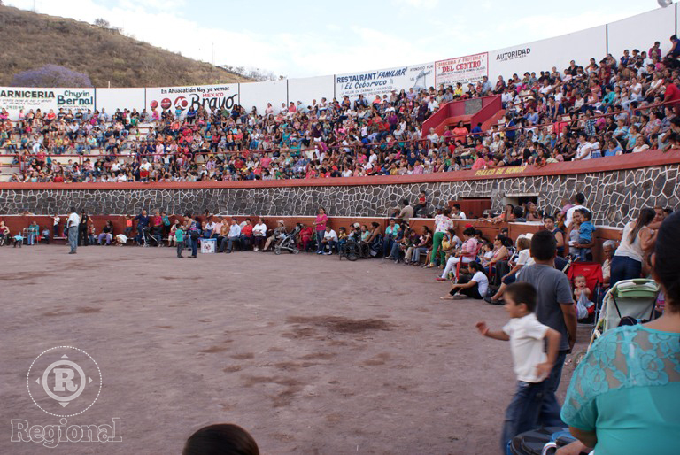 Más de 3 mil personas se espera asistan al Festival por el Día de las Madres en Ahuacatlán.